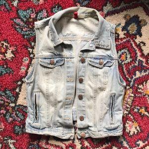 H&M Light-wash Denim Vest